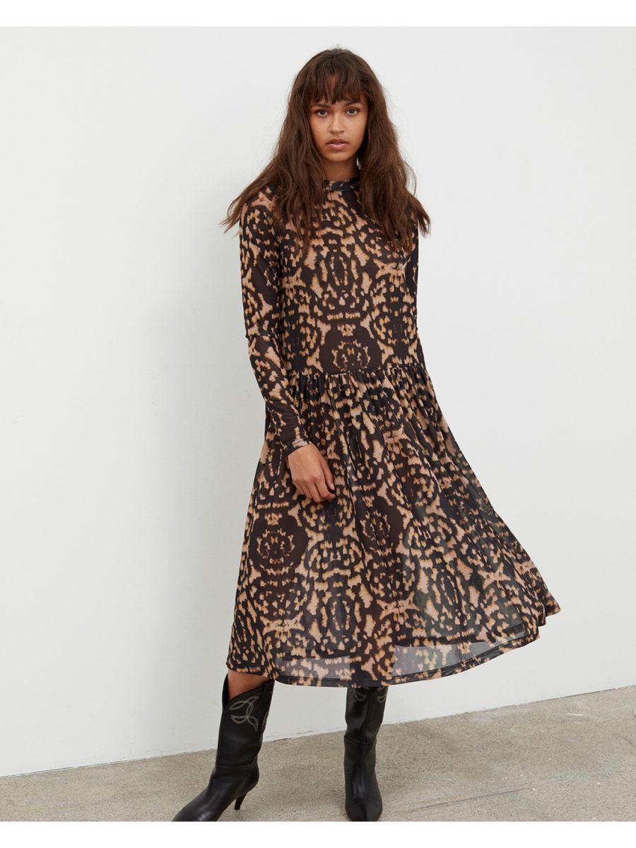sofie-schnoor-lulu-dress_1590x2120p1