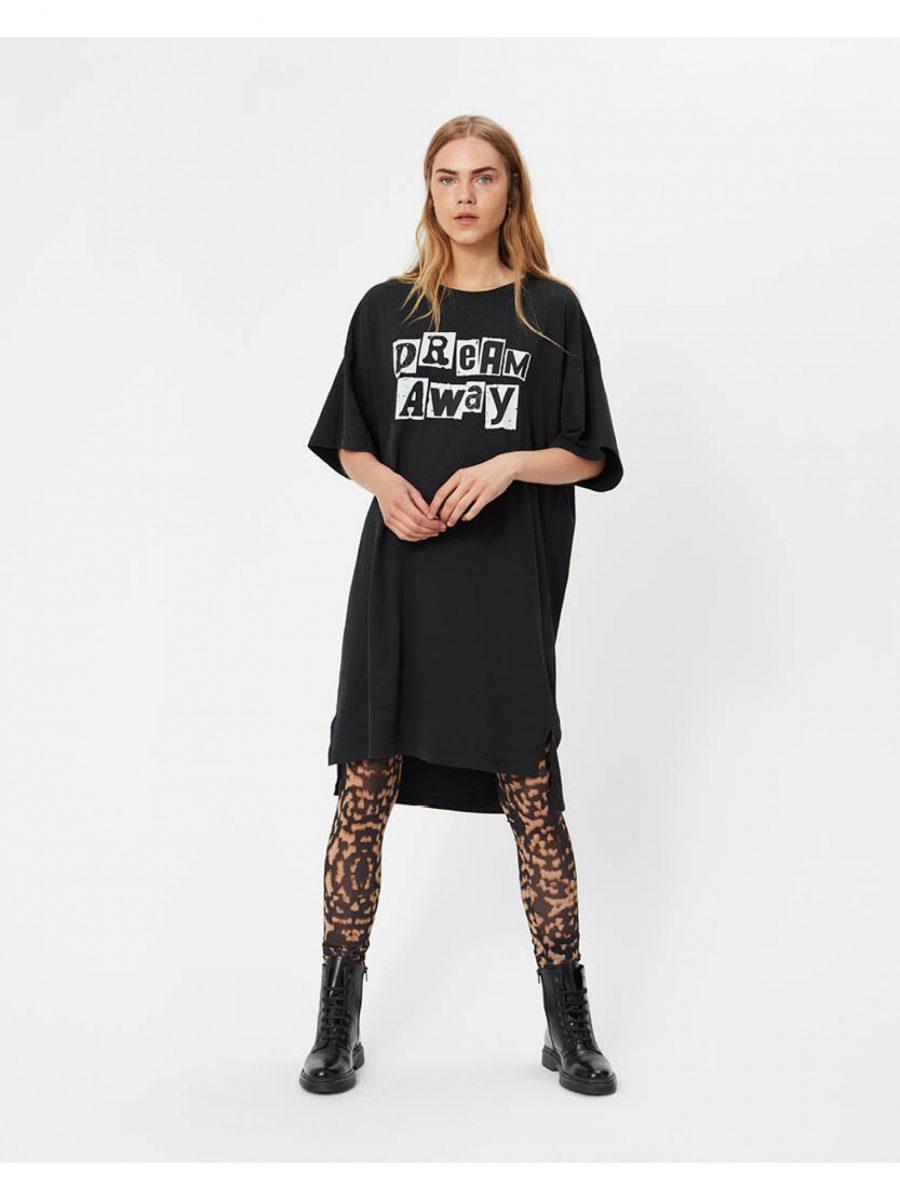 sofie-schnoor-vera-t-shirt_1590x2120p